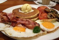 Breakfast a la carte. Desayuno a la carta.